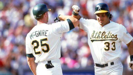 No. 90: Mark McGwire. Mejores jugadores de la historia del béisbol jose Canseco athletics