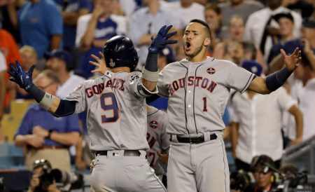 Los Houston Astros empatan la Serie Mundial Home Run de Marwin Gonzalez World Series 2017