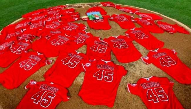 Tyler Skaggs sola en la lomita beisbol mlb beisbolmlb los angels