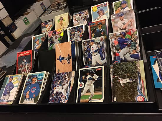 One Million Cubs organizando cromos