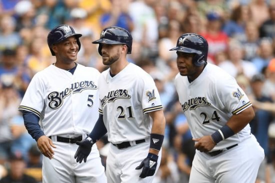 Shift defensivo de los Brewers. Jonathan+Schoop+Colorado+Rockies+vs+Milwaukee+