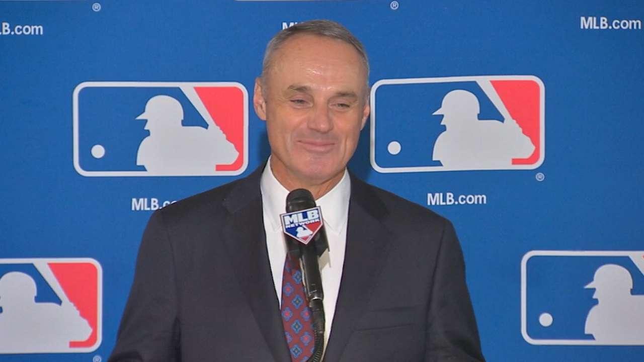 Rob Manfred MLB La mala imagen de los bateadores lanzadores