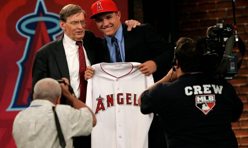 ¿Por qué el Draft de la MLB es tan distinto a los otros drafts? mlb en español beisbol mike trout
