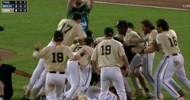 CWS: Y Vanderbilt se alzó con el triunfo