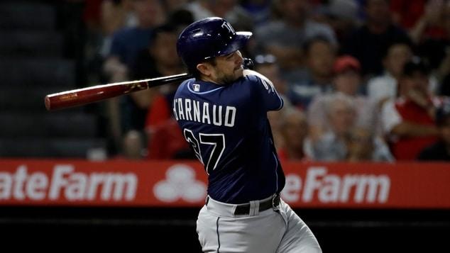 Travis D'Arnaud a los Braves con contrato para dos años beisbol mlb braves