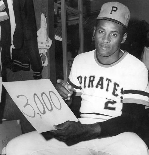 Roberto Clemente, los más grandes también son humanos Pittsburgh Pirates roberto clemente mejores jugadores de la historia del béisbol pittsburgh pirates mlb