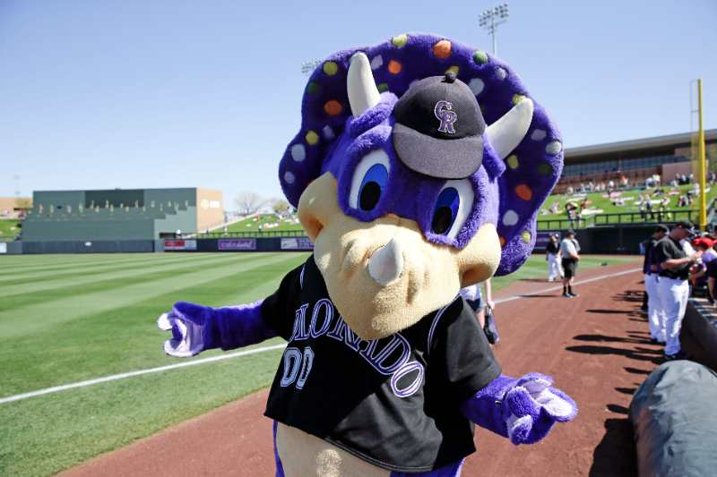dinger colorado rockies beisbol mlb historia mascota