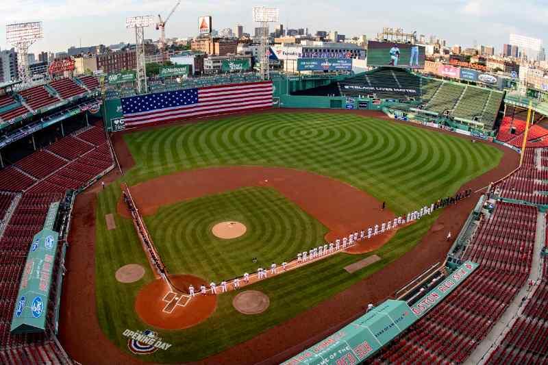 fenway vacío boston red sox mlb en español beisbol No echo de menos el béisbol, echo de menos con quién veía el béisbol