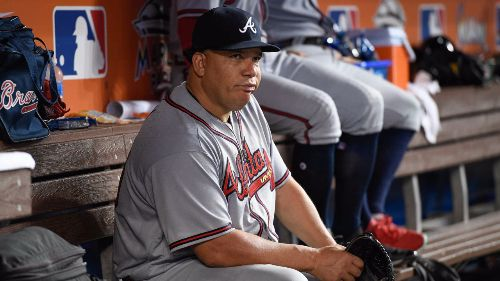 bartolo colon en los atlanta braves lanzando