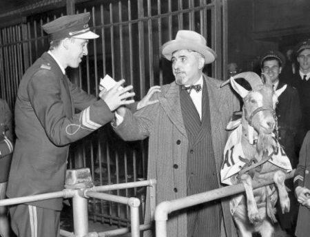 William Sianis , con su cabra murphy Chicago Cubs, 100 años de soledad