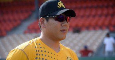 Kang vuelve a los Piratas pirates mlb beisbol