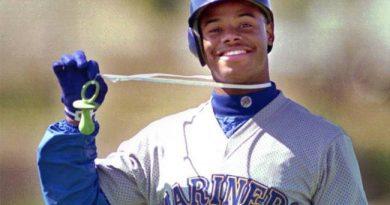 No. 51: Ken Griffey Jr. Mejores Jugadores de la Historia del Béisbol Seattle Mariners mlb