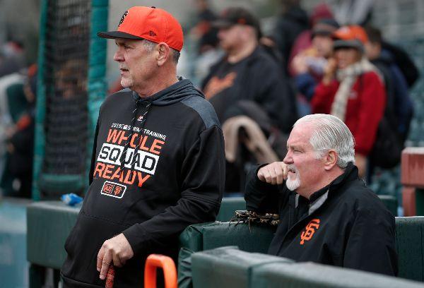 san franciso giants 2019 beisbol mlb beisbolmlb previa Bruce Bochy y Brian Sabean viendo el batting practice