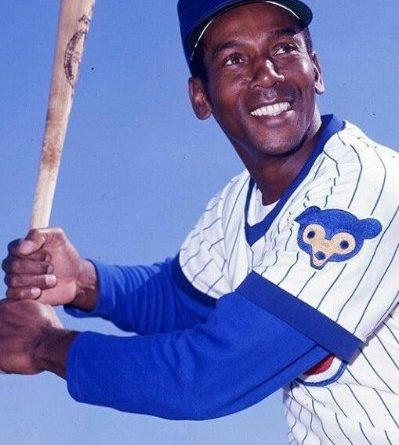 """Ernie Banks, vida y milagros de """"Mr. Cub"""""""
