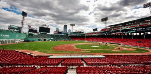 Fenway park el monstruo verde Boston Red Sox pitcheos salvajes mlb