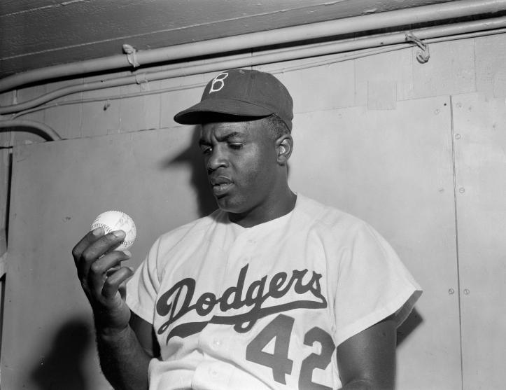 Jackie pasó por un verdadero calvario hasta ser aceptado por la comunidad del béisbol.