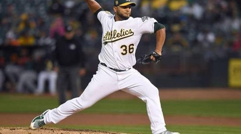 yusmeiro petit beisbol mlb Perfección más allá de los nueve innings